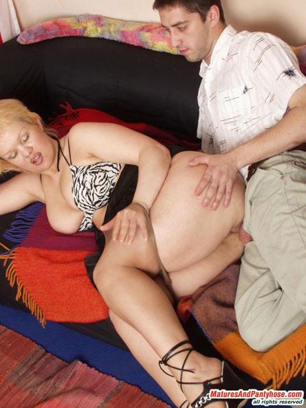 Молодежь в нейлоне порно 34491 фотография