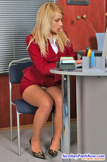 Pantyhose Porn Secretary 62